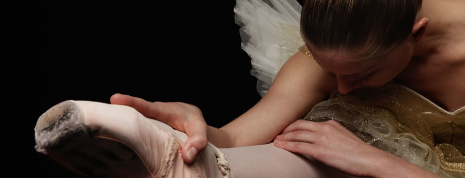 Therapy for Dancers and Performers